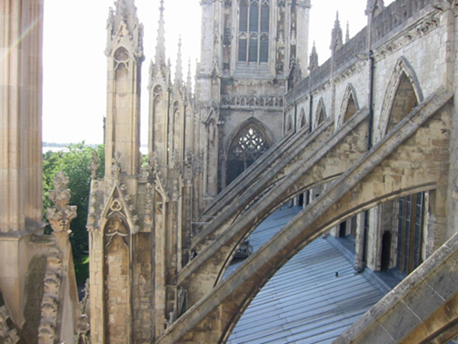 [Photo of flying_buttresses]