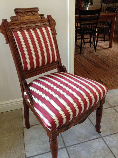 [Photo of a grandmas chair]